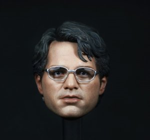Custom 1/6 Scale Mark Ruffalo Dr. Bruce Banner Head Sculpt For Hot Toys Body