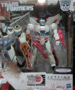 Transformers Generations Thrilling 30th Anniversary Jetfire Leader CLASS Figure
