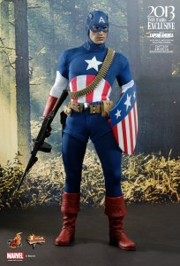 CAPTAIN AMERICA - The Star Spangled Man 1/6th Scale Action Figure (Hot Toys)