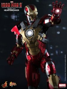 1/6th scale HotToys MMS212 Iron Man 3 Heartbreaker MK17