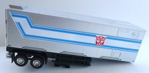 Prime toys TRANSFORMERS PT-01 ARMORY TRAILER for Optimus Prime Leader Class