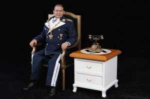 1/6 Scale DID 3R GM618 Hermann Göring Furniture Set
